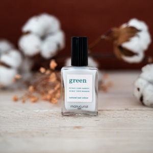 « Milky White  » Vernis GREEN